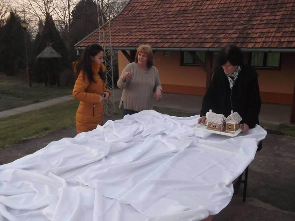 Selo od medenjaka – Mézeskalács falu